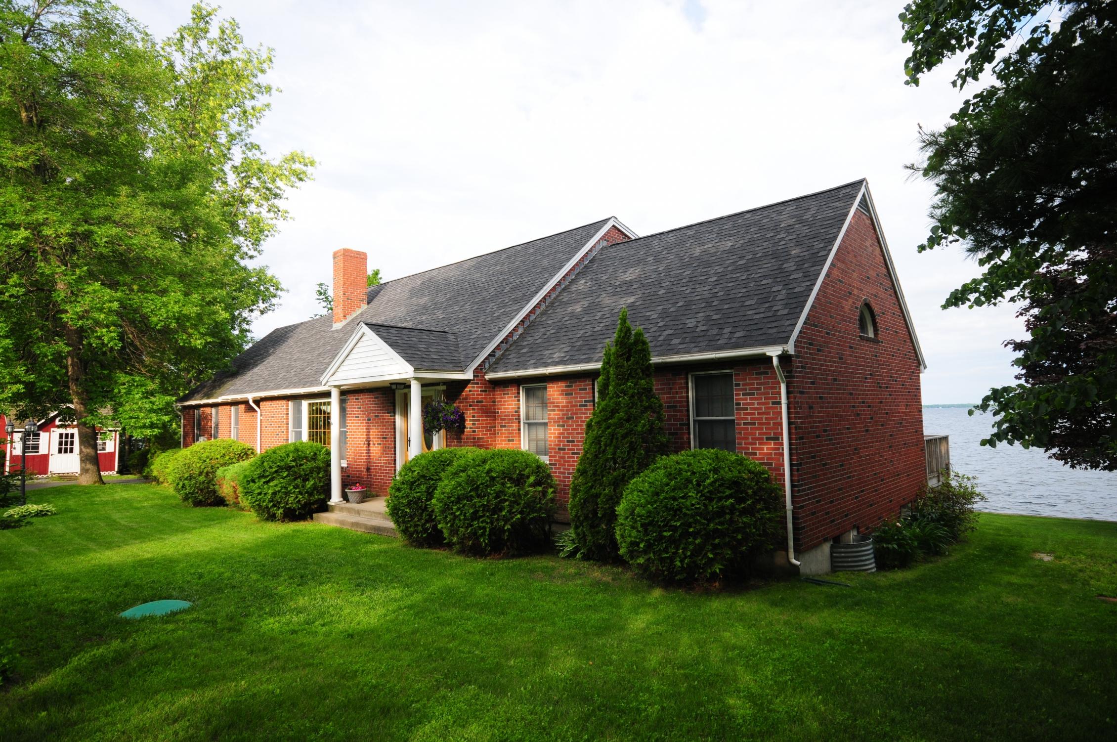 獨棟家庭住宅 為 出售 在 526 Maquam Shore Road, Swanton 526 Maquam Shore Rd Swanton, 佛蒙特州 05488 美國