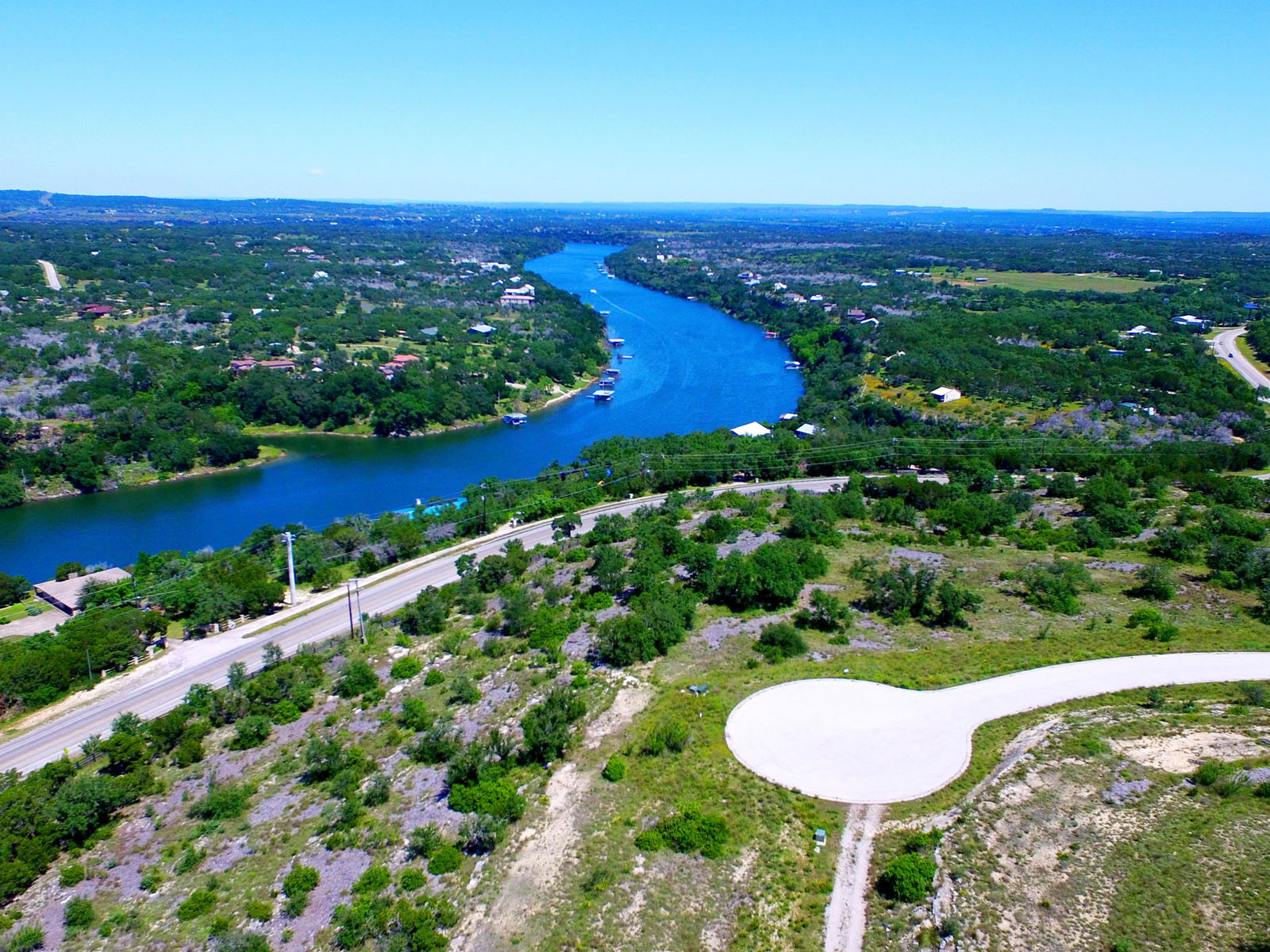 Terreno por un Venta en Build Your Hilltop Retreat 1716 Night Life Cv Spicewood, Texas 78669 Estados Unidos