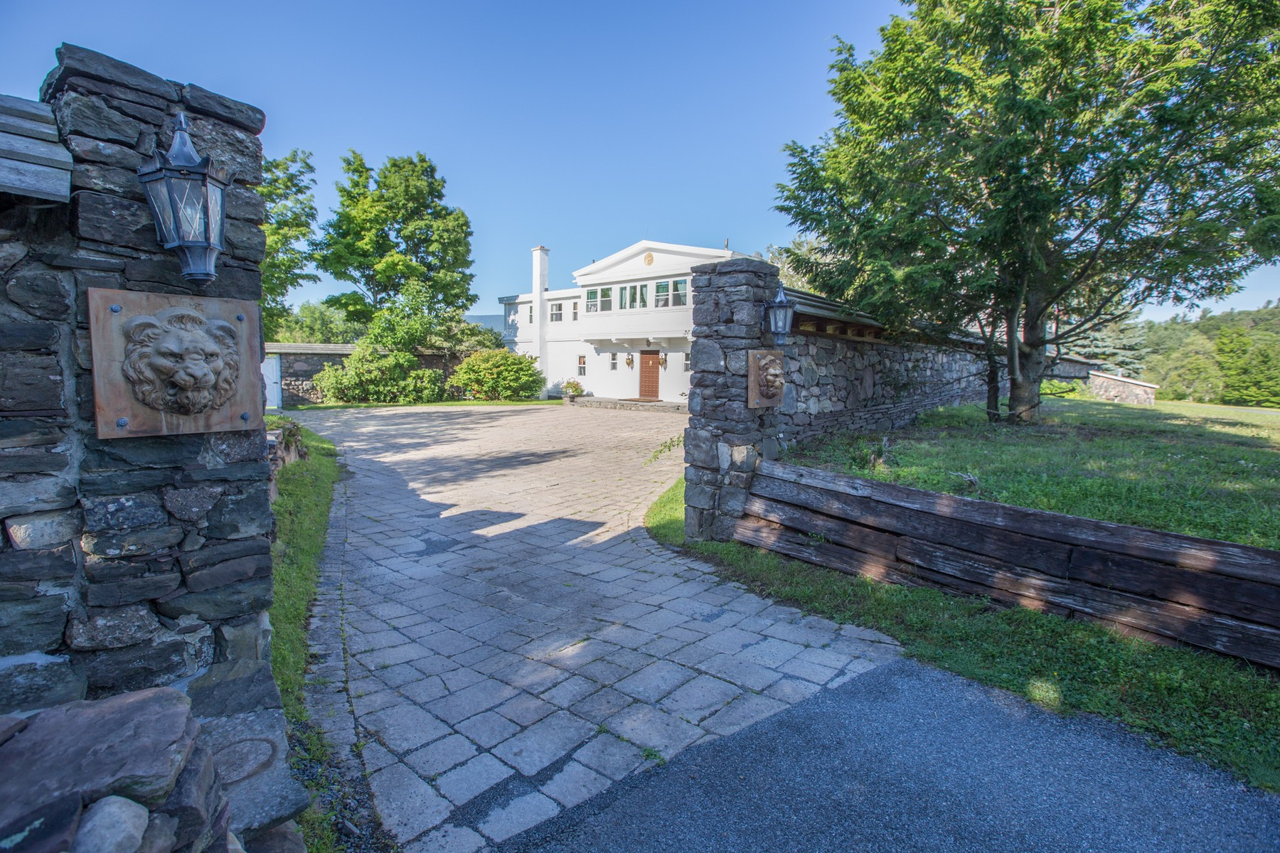 Additional photo for property listing at Elka Park Estate 441  Clum Hill Rd Elka Park, New York 12427 United States