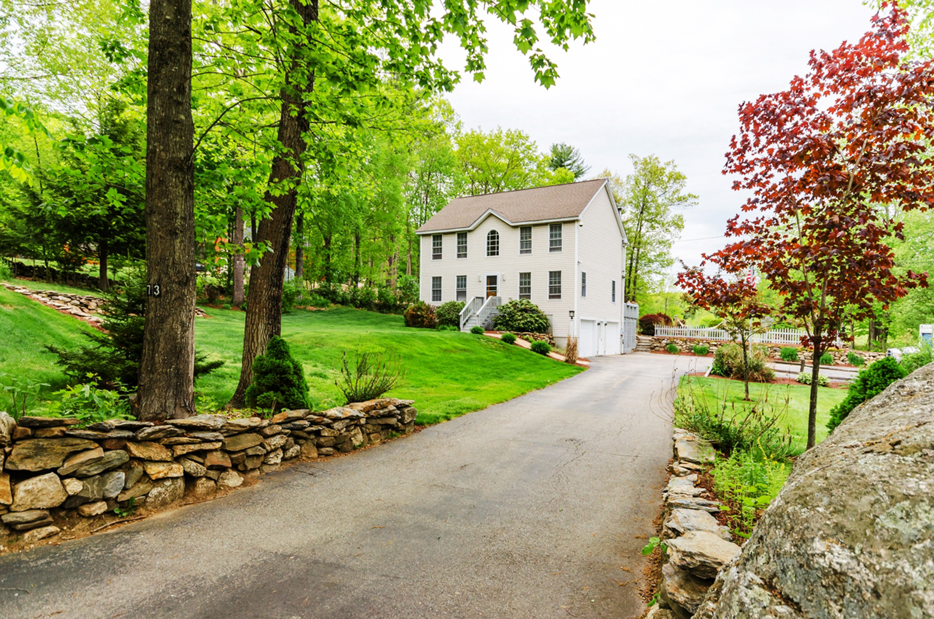 Single Family Home for Sale at 73 Ridge Rd, Deerfield Deerfield, New Hampshire, 03037 United States