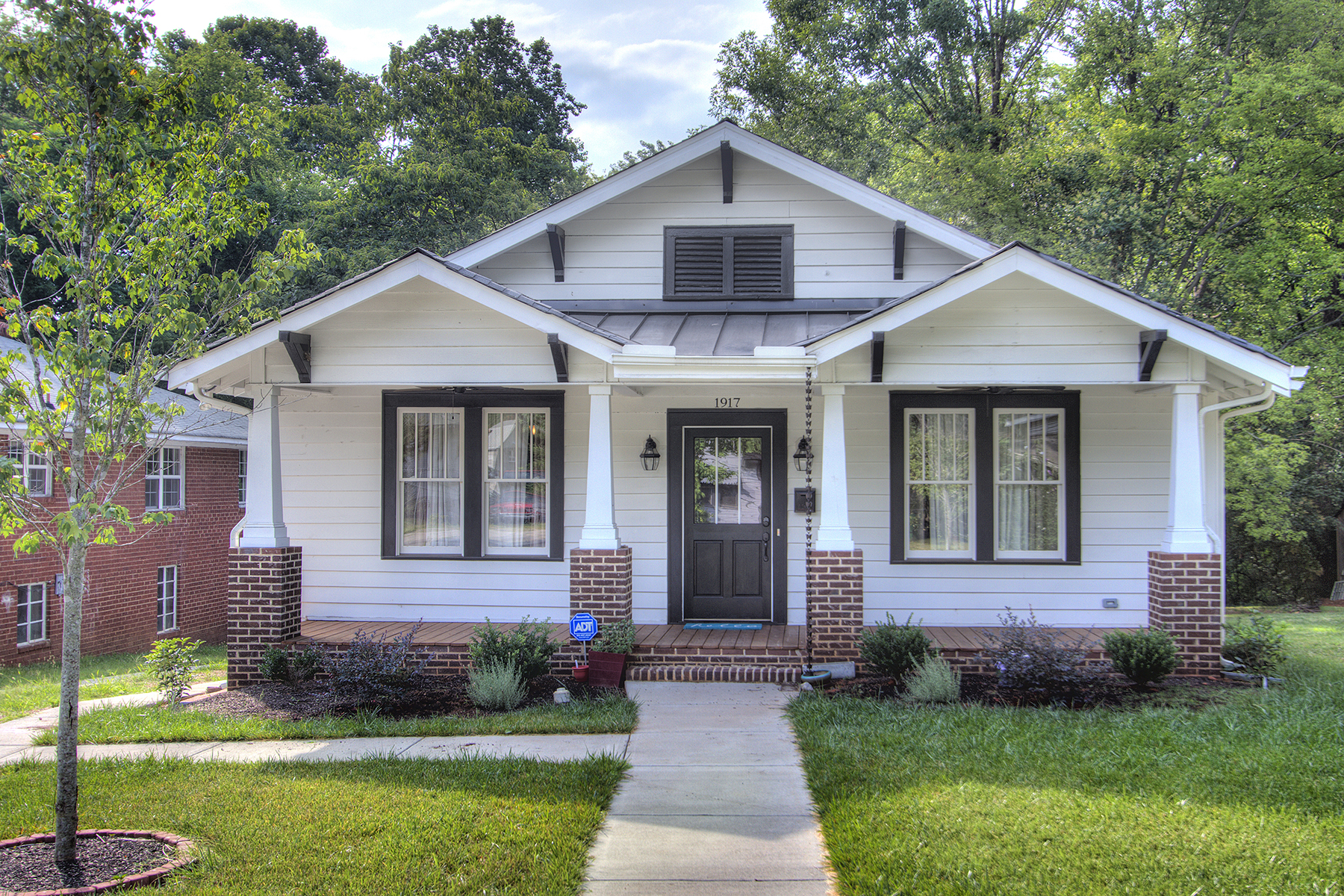 Single Family Home for Sale at 1917 Wilmore Dr , Charlotte, NC 28203 1917 Wilmore Dr Charlotte, North Carolina, 28203 United States