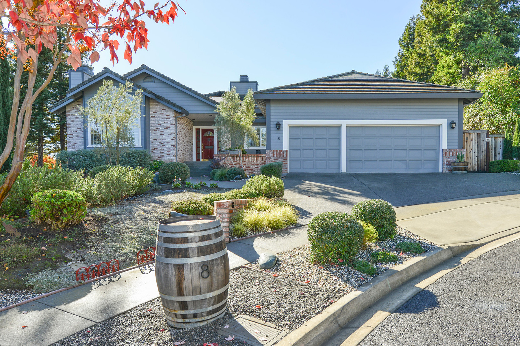 Property For Sale at 8 Saint Francis Ct, Napa, CA 94558