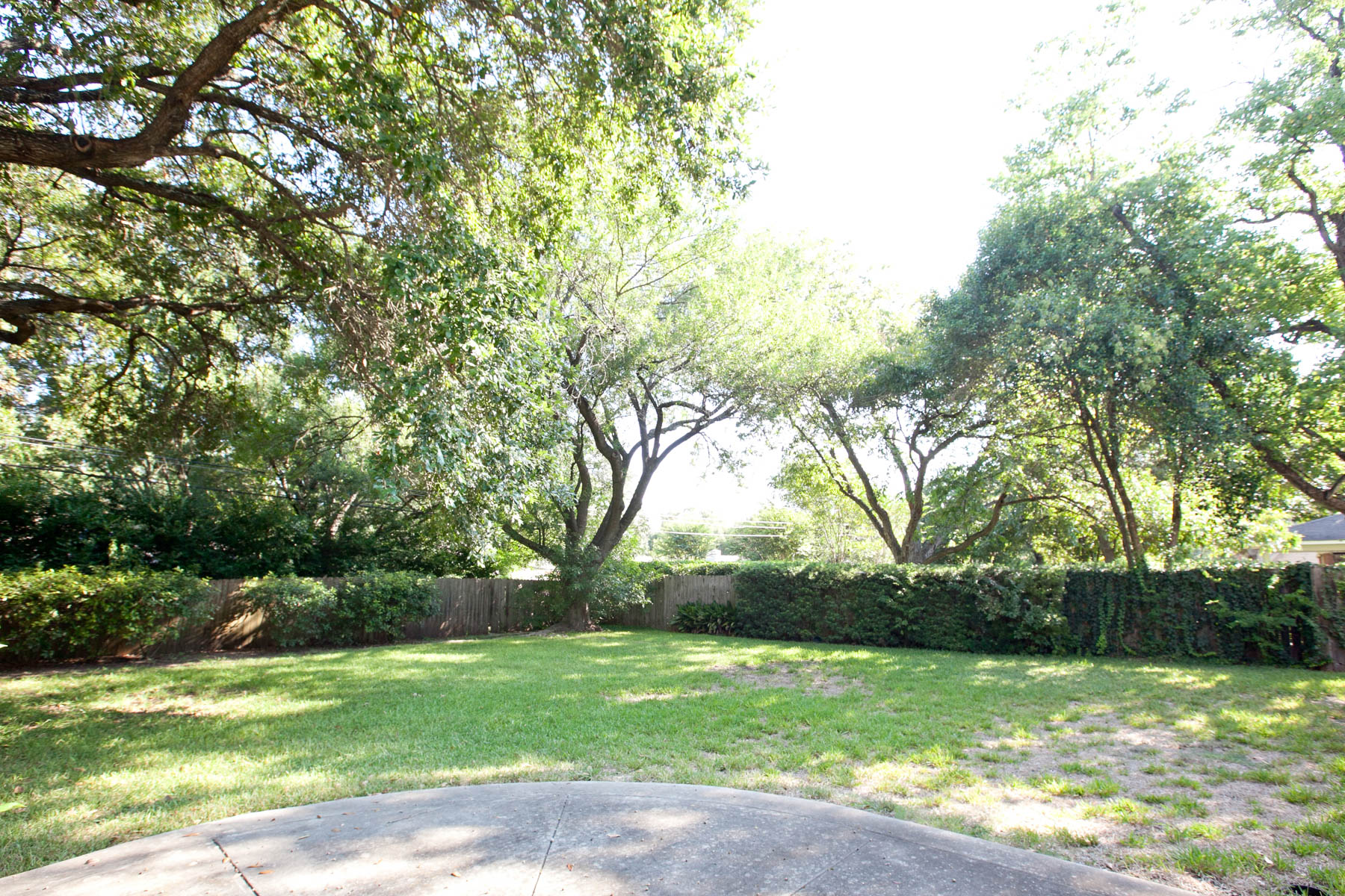 Additional photo for property listing at Classic Home in Northwood 163 Cave Ln San Antonio, Texas 78209 Estados Unidos