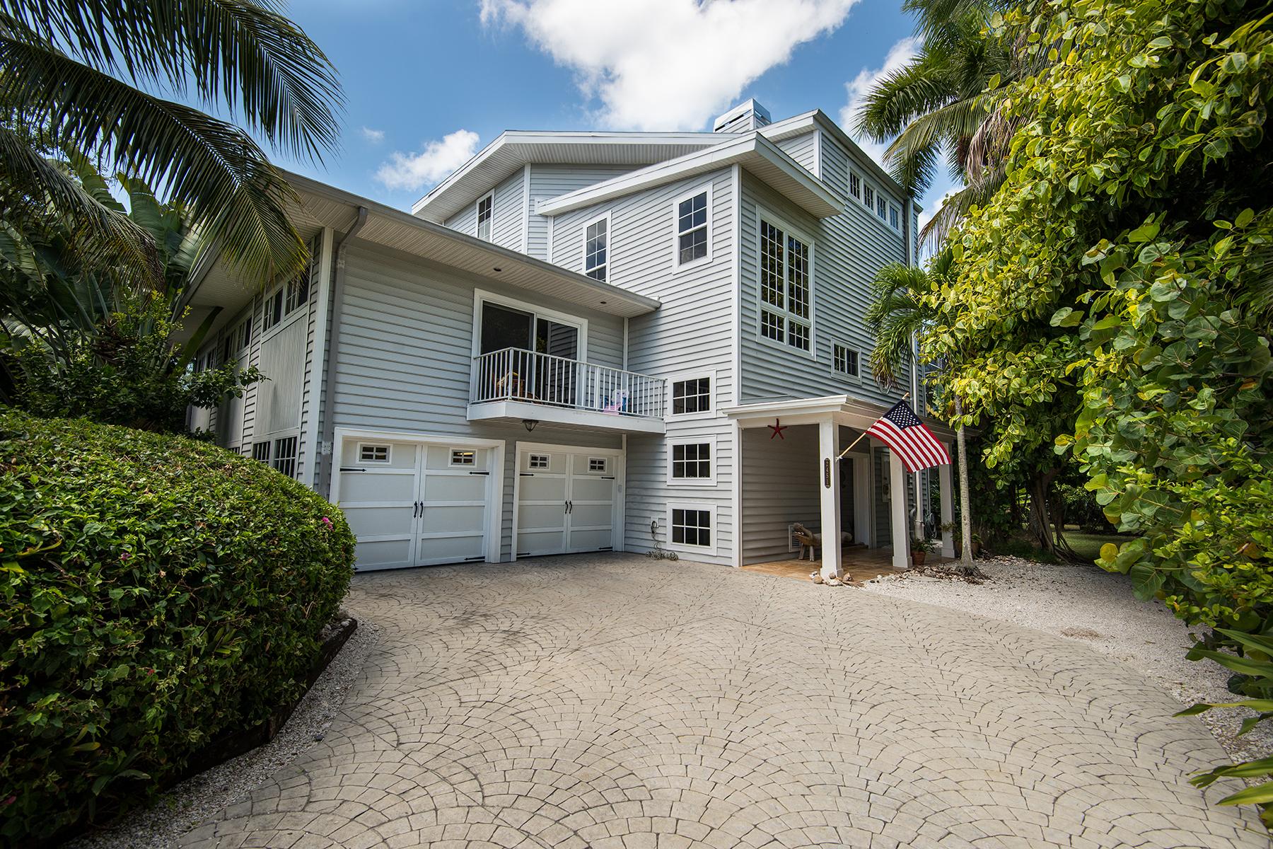 Maison unifamiliale pour l Vente à Sanibel 2451 Blind Pass Ct, Sanibel, Florida 33957 États-Unis