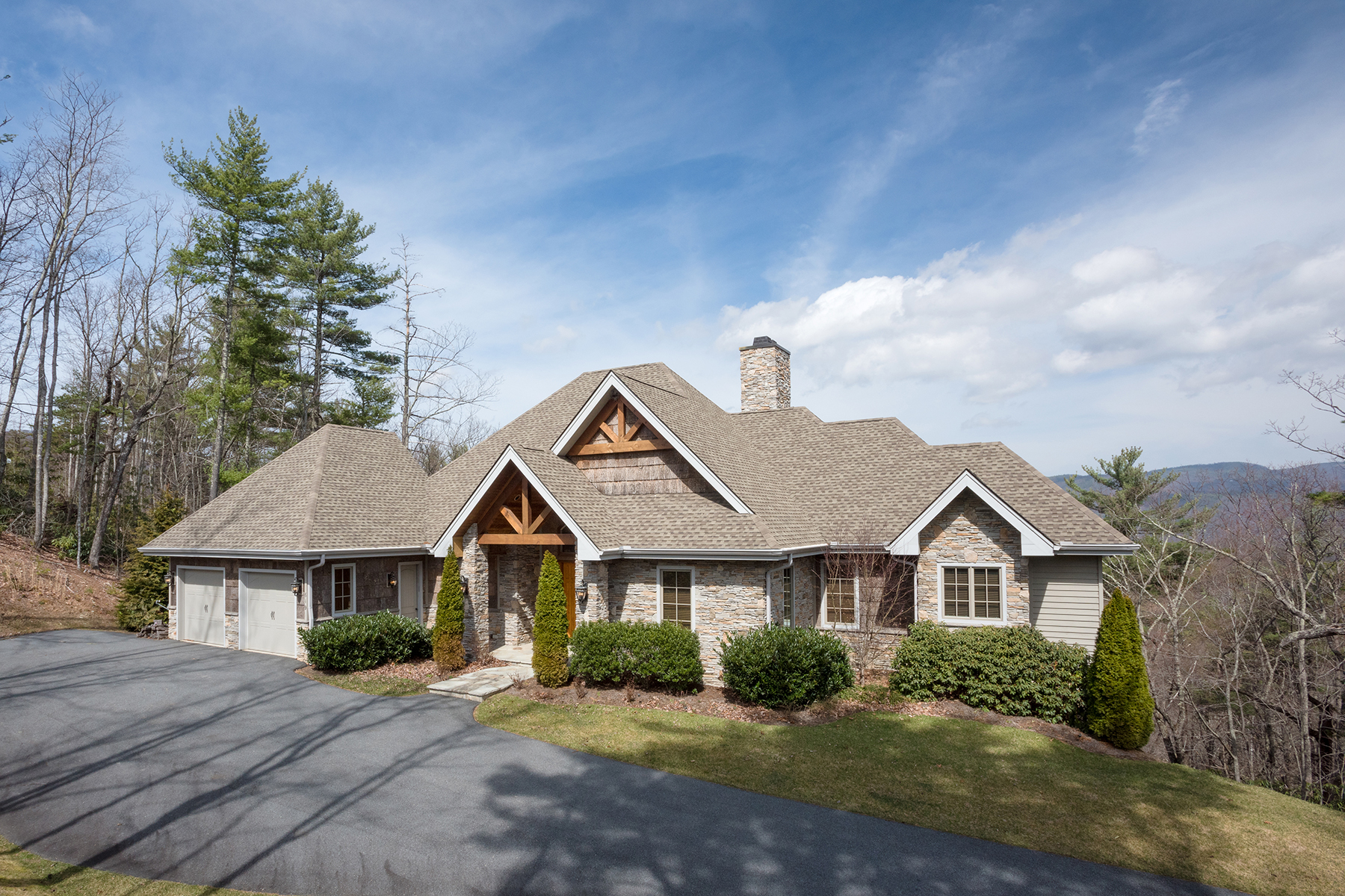 Single Family Home for Sale at Boone 619 Red Cedar Road Boone, North Carolina, 28607 United States