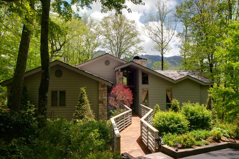 Maison unifamiliale pour l Vente à LINVILLE RIDGE 1001 Vista Way 10 Linville, Carolina Du Nord 28646 États-Unis