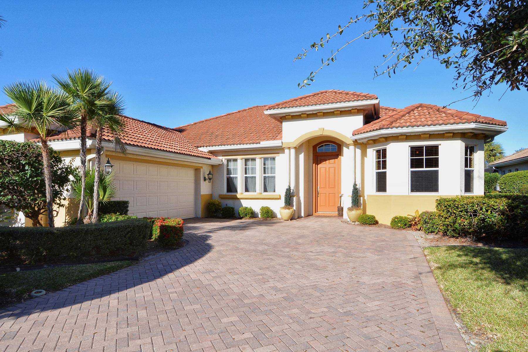 Nhà ở một gia đình vì Bán tại VENETIAN GOLF & RIVER CLUB 105 Caneletto Way North Venice, Florida, 34275 Hoa Kỳ