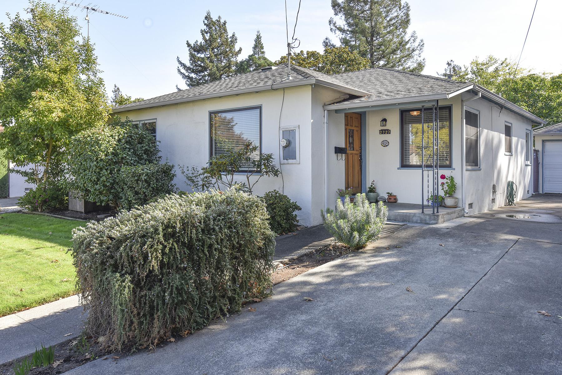 sales property at 2727 Idaho St, Napa, CA 94558