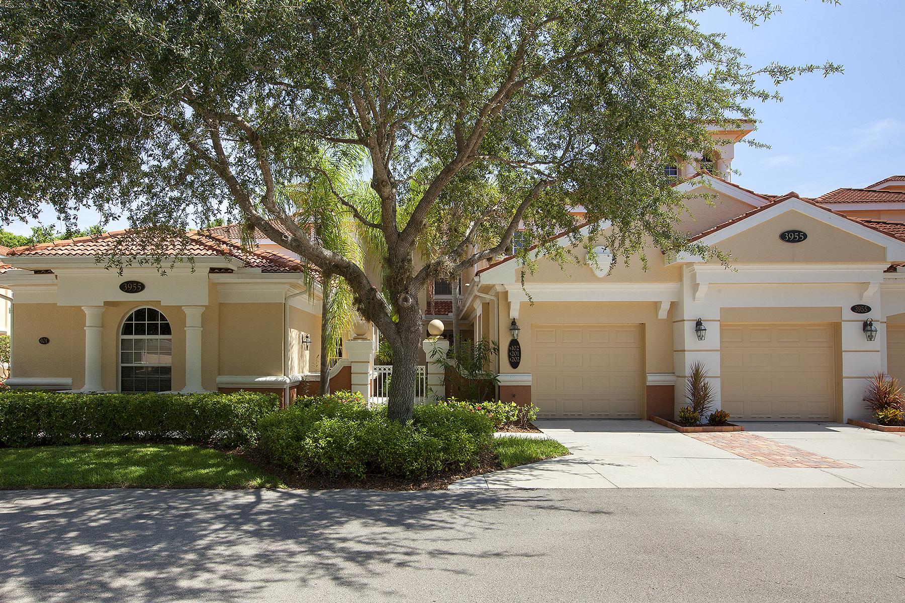 共管式独立产权公寓 为 销售 在 FIDDLER'S CREEK - DEER CROSSING 3955 Deer Crossing Ct 102 Naples, 佛罗里达州 34114 美国