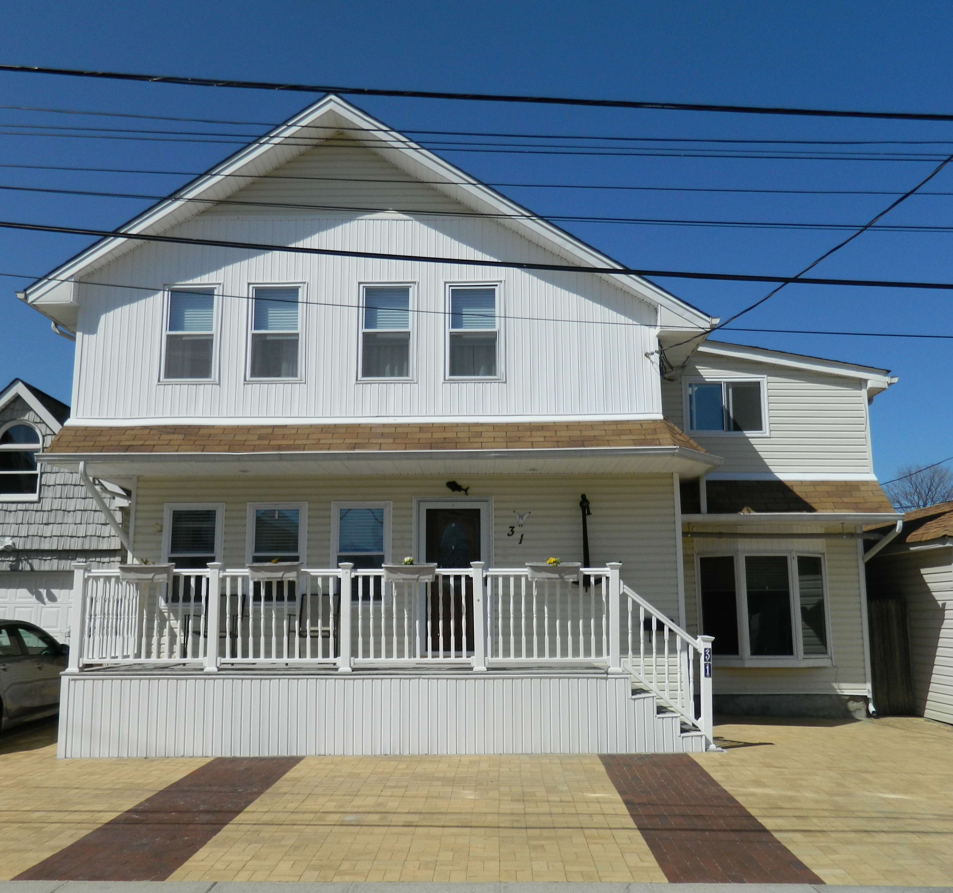 Casa para uma família para Venda às Colonial 31 Arthur St Baldwin, Nova York 11510 Estados Unidos