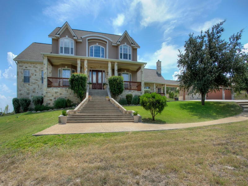 Property For Sale at Stunning Traditional Home in Bridlewood