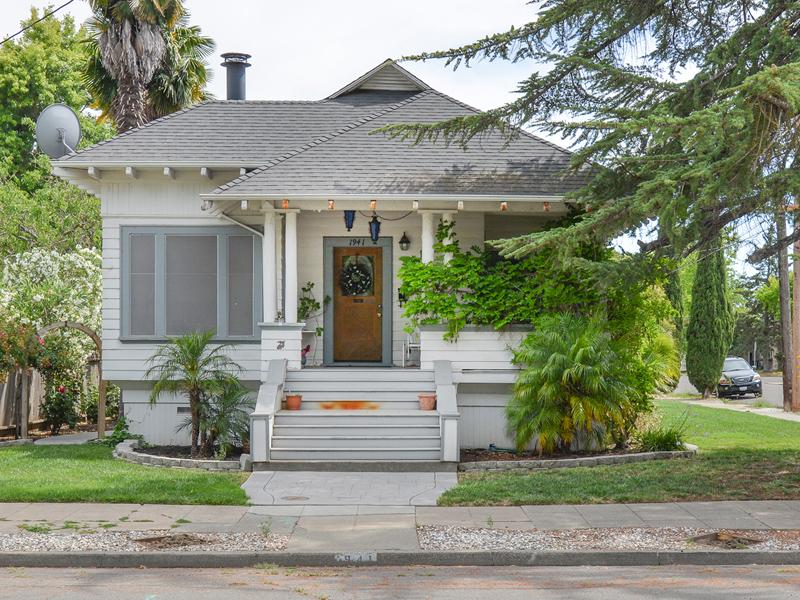Single Family Home for Sale at 1941 Oak St, Napa, CA 94558 1941 Oak St Napa, California 94558 United States