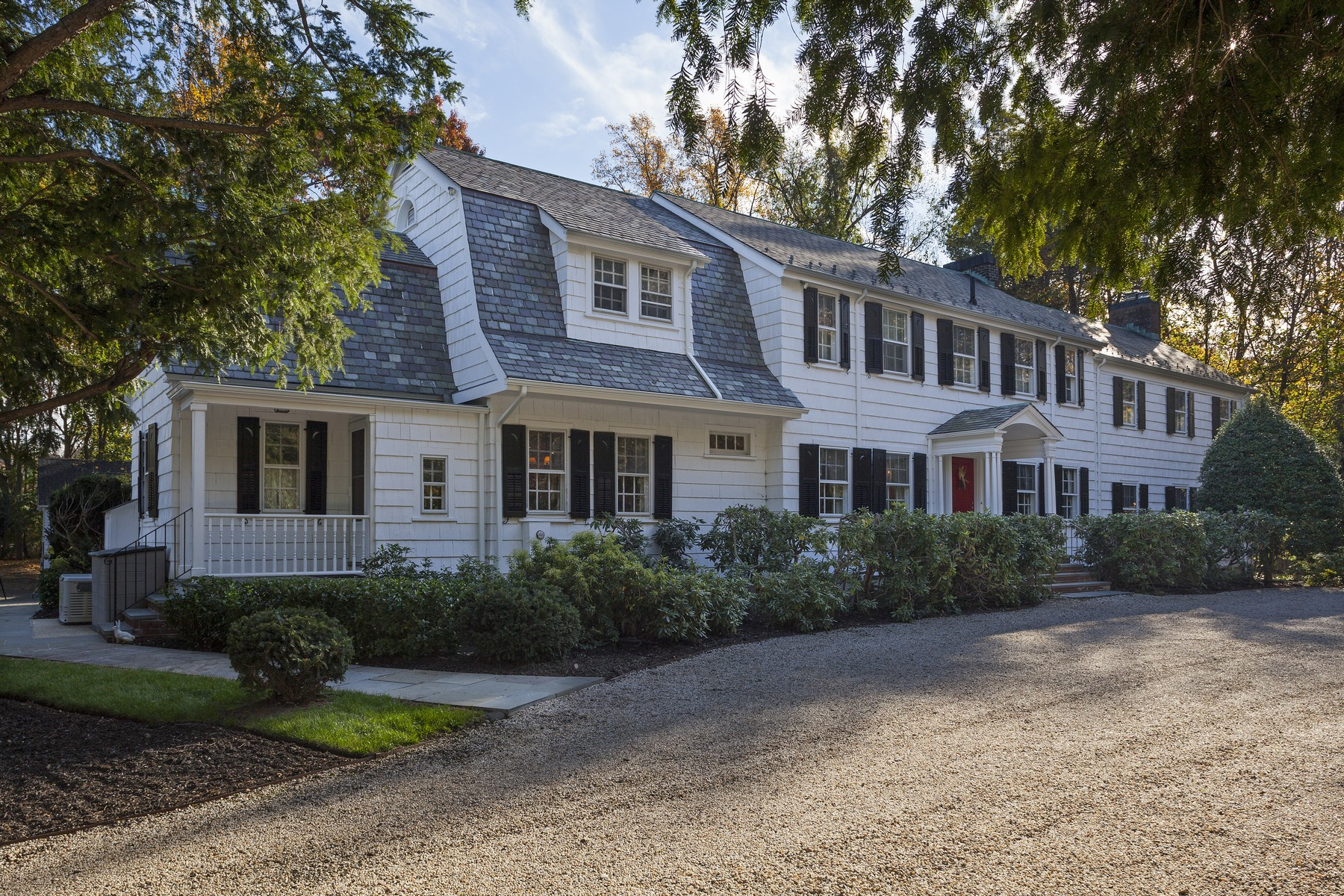 Single Family Home for Sale at Estate 308 Feeks Ln Mill Neck, New York 11765 United States
