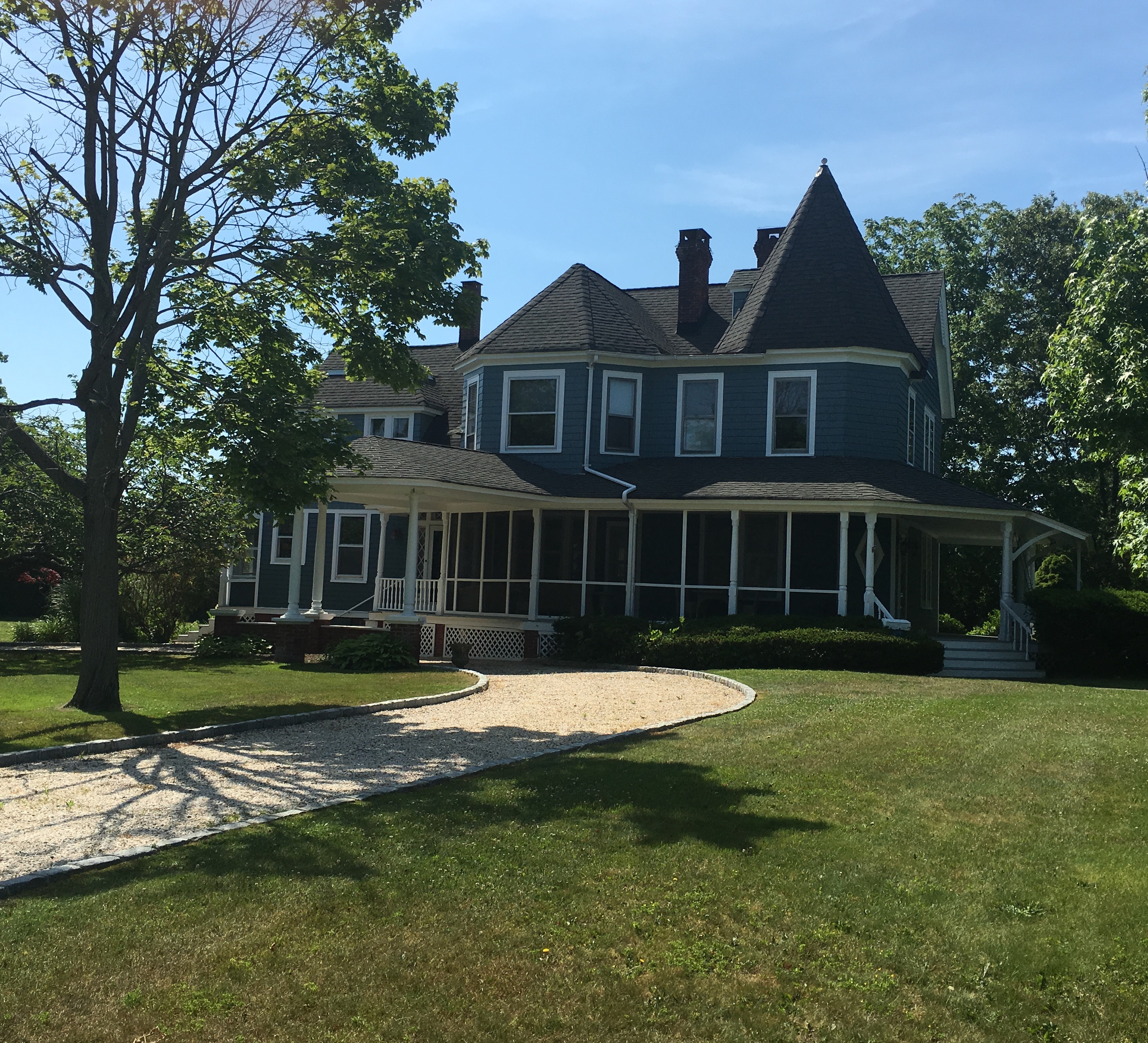 獨棟家庭住宅 為 出售 在 Authentically Restored Victorian 55 Blue Point Ave Blue Point, 紐約州, 11715 美國
