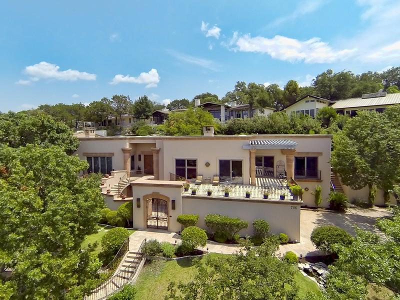 Nhà ở một gia đình vì Bán tại Stunning Spanish Style Home 706 Cutlass Austin, Texas 78734 Hoa Kỳ