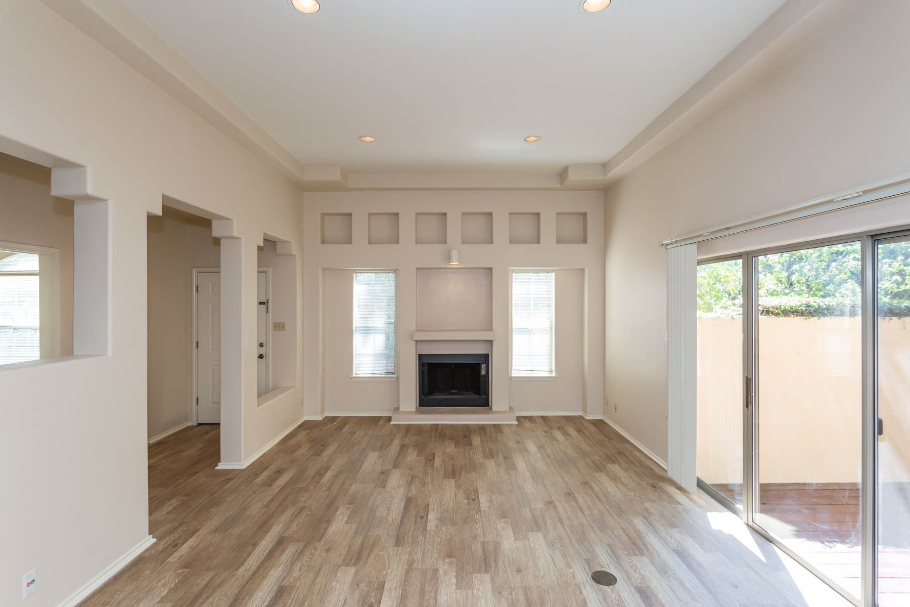 Additional photo for property listing at Grandview Place in Alamo Heights 207 Grandview Pl 7 San Antonio, Texas 78209 Estados Unidos
