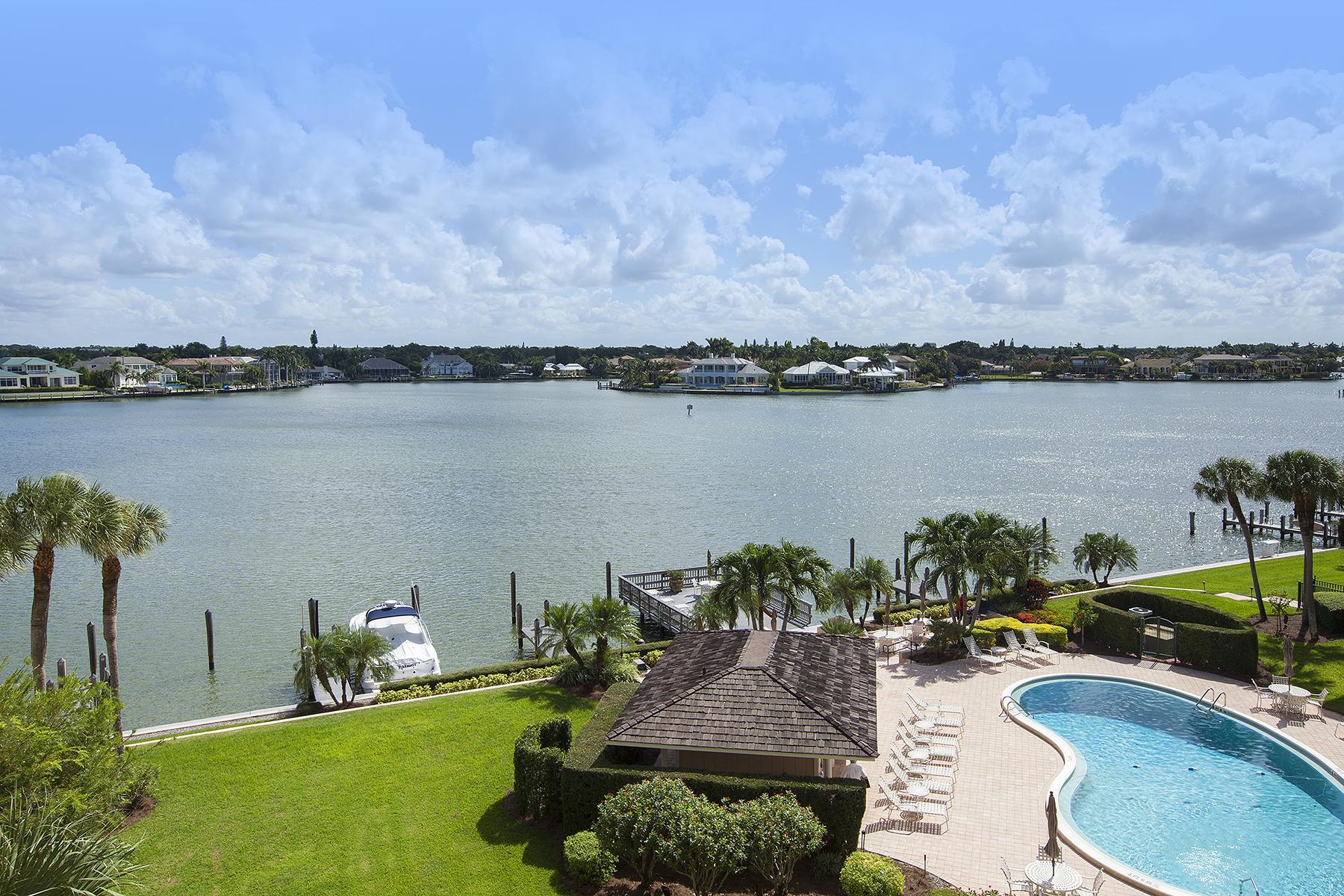 Eigentumswohnung für Verkauf beim PARK SHORE - VENETIAN COVE CLUB 3500 Gulf Shore Blvd N 503 Naples, Florida, 34103 Vereinigte Staaten