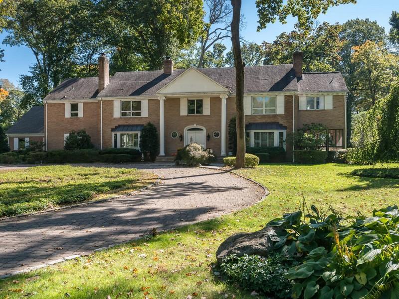 一戸建て のために 売買 アット Colonial 6 Stone Gate Ln Old Brookville, ニューヨーク, 11545 アメリカ合衆国