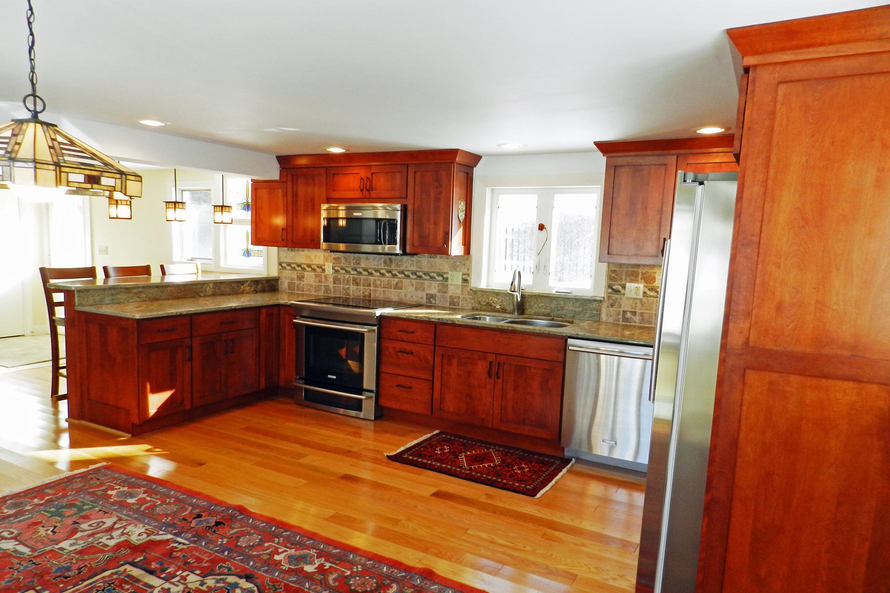 獨棟家庭住宅 為 出售 在 130 Silver Road, Harrisville 130 Silver Rd Harrisville, 新罕布什爾州 03450 美國