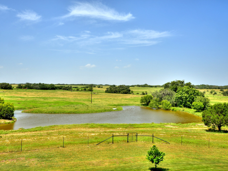 Additional photo for property listing at Gorgeous Ranch in Burnet 1435 CR 200A Burnet, Texas 78611 United States
