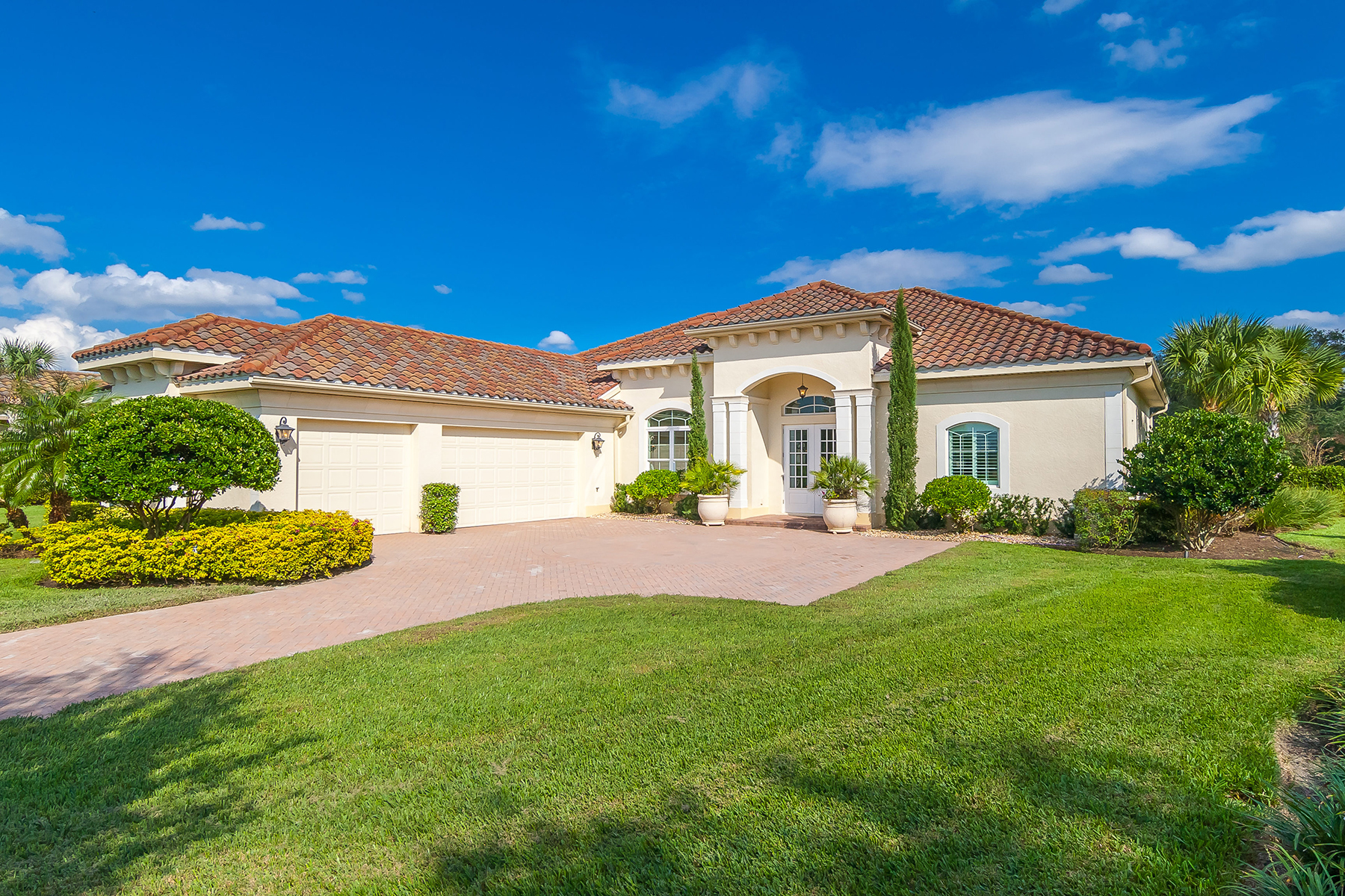 Single Family Home for Sale at SARASOTA-THE FOUNDERS CLUB 3224 Founders Club Dr Sarasota, Florida 34240 United States