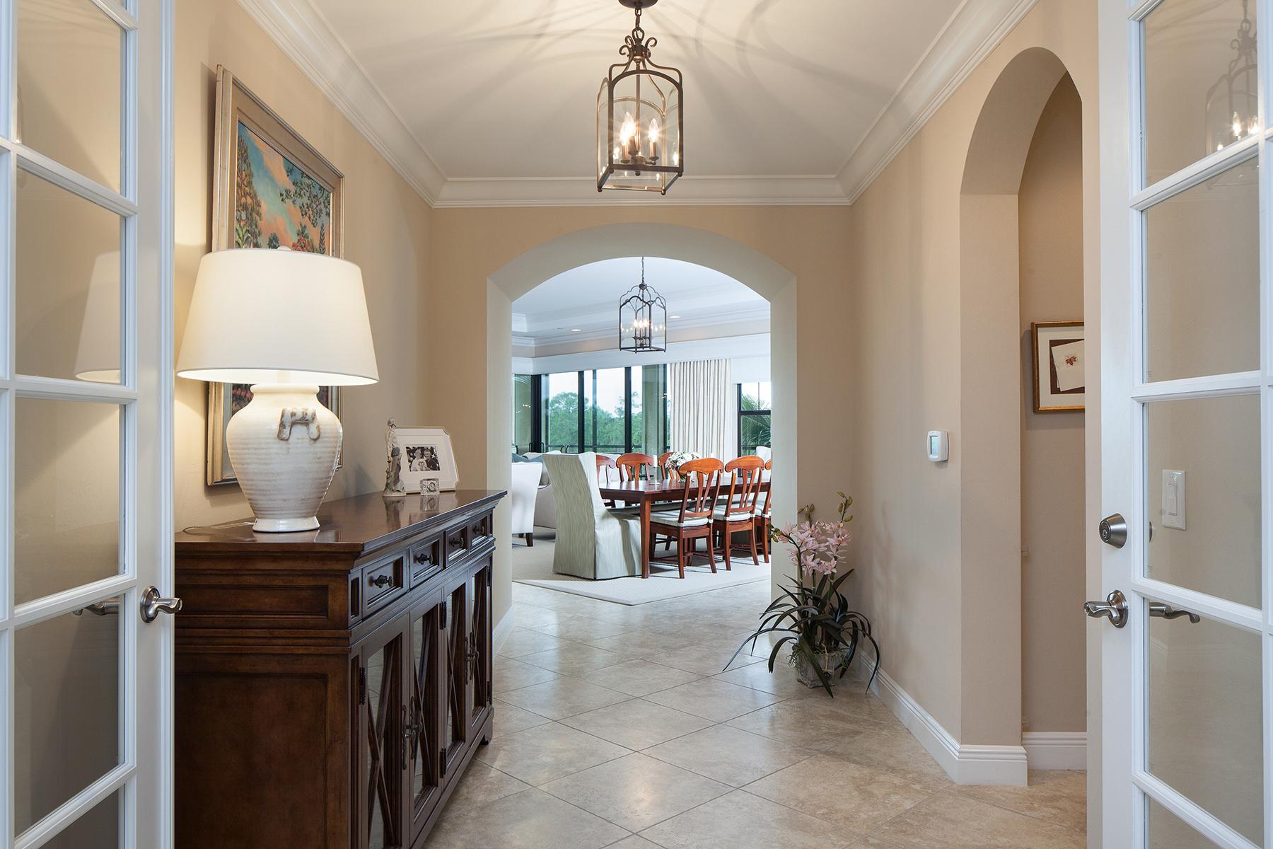 共管式独立产权公寓 为 销售 在 TIBURON - ESPERANZA 2764 Tiburon Blvd E 3-201 Naples, 佛罗里达州 34109 美国