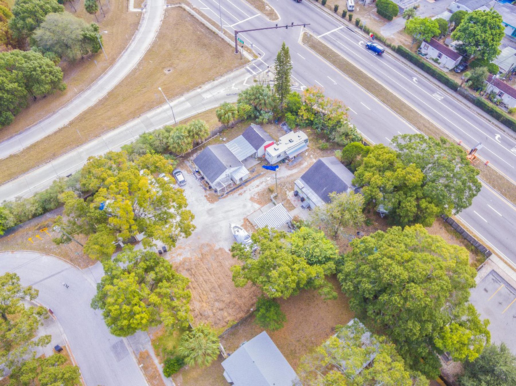 土地 為 出售 在 SAINT PETERSBURG 2510 55th Ave N 2 St. Petersburg, 佛羅里達州, 33714 美國