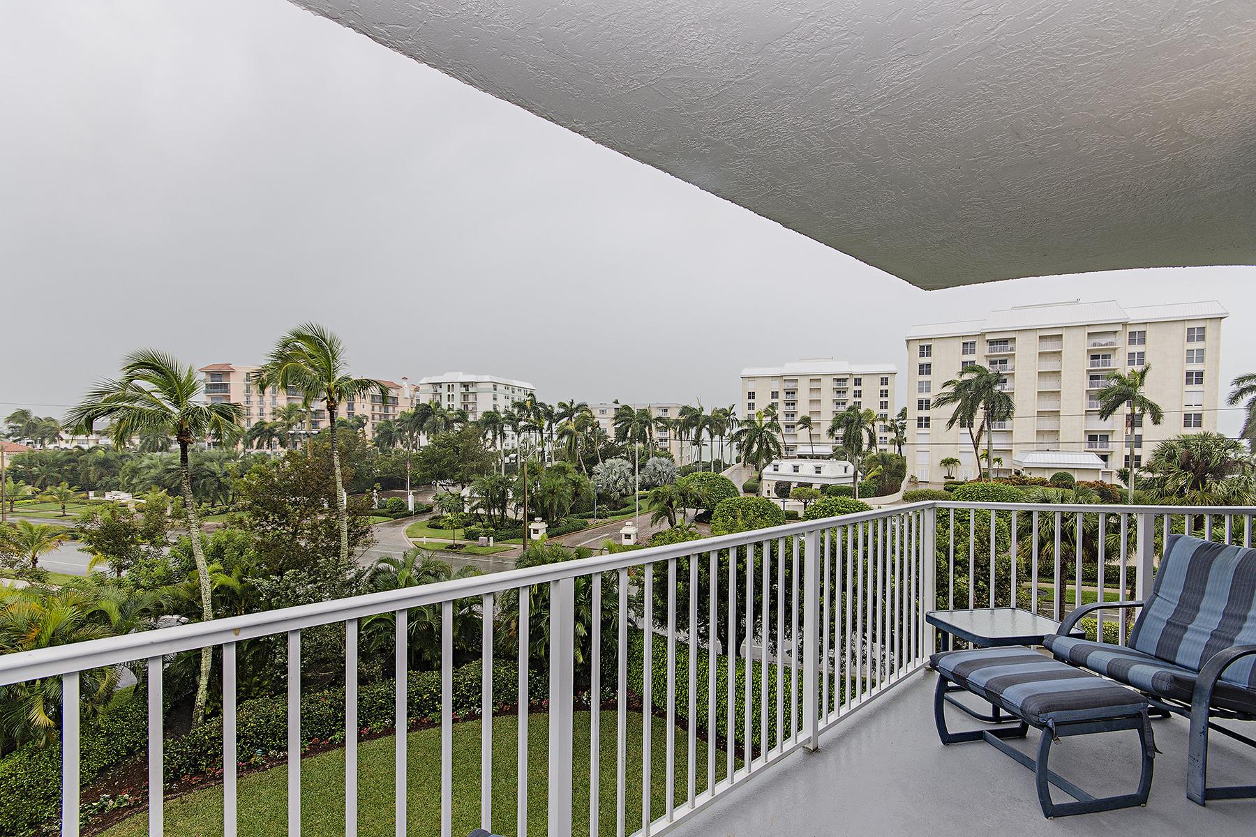 Kat Mülkiyeti için Satış at COQUINA SANDS DEL MAR 1300 Gulf Shore Blvd N 406 Naples, Florida 34102 Amerika Birleşik Devletleri