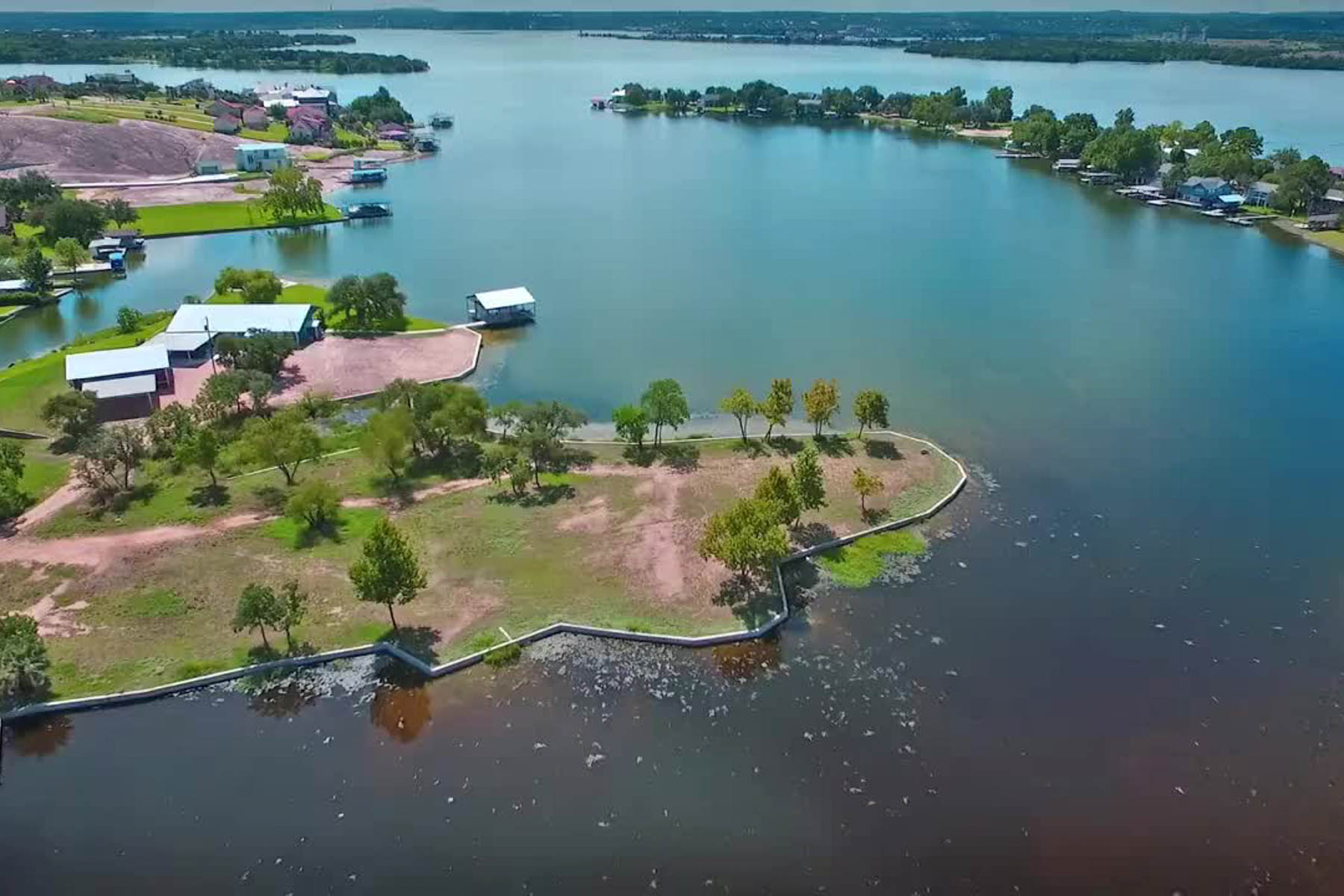 Additional photo for property listing at A Rare Opportunity on Lake LB 701 Woodland Hills Dr Granite Shoals, Texas 78654 Estados Unidos