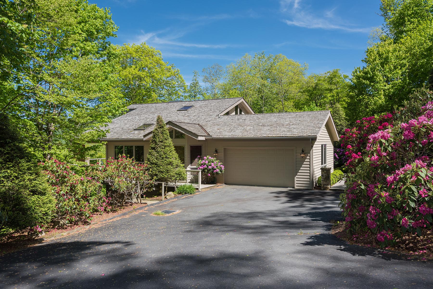 Duplex 為 出售 在 LINVILLE RIDGE 1506 Cranberry Cove Drive 15 Linville, 北卡羅來納州 28646 美國