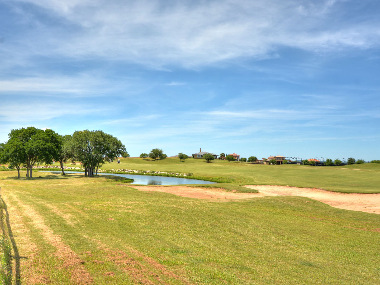 Additional photo for property listing at Own A Piece of the Spicewood Lifestyle 1701 Moonlight Trce Spicewood, Texas 78669 Estados Unidos