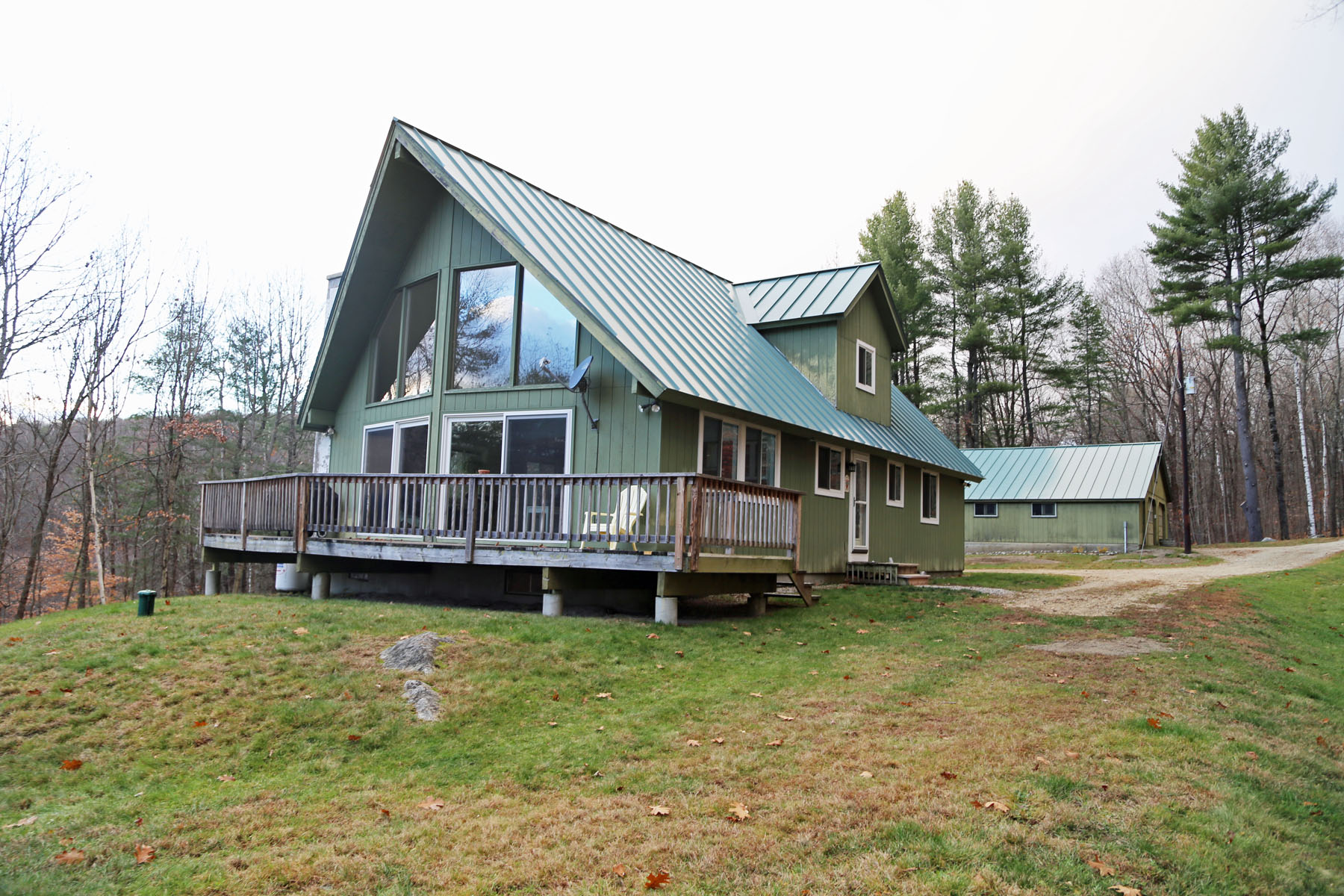 Single Family Home for Sale at 114 Stearns Road, Wilmot 114 Stearns Rd Wilmot, New Hampshire 03287 United States