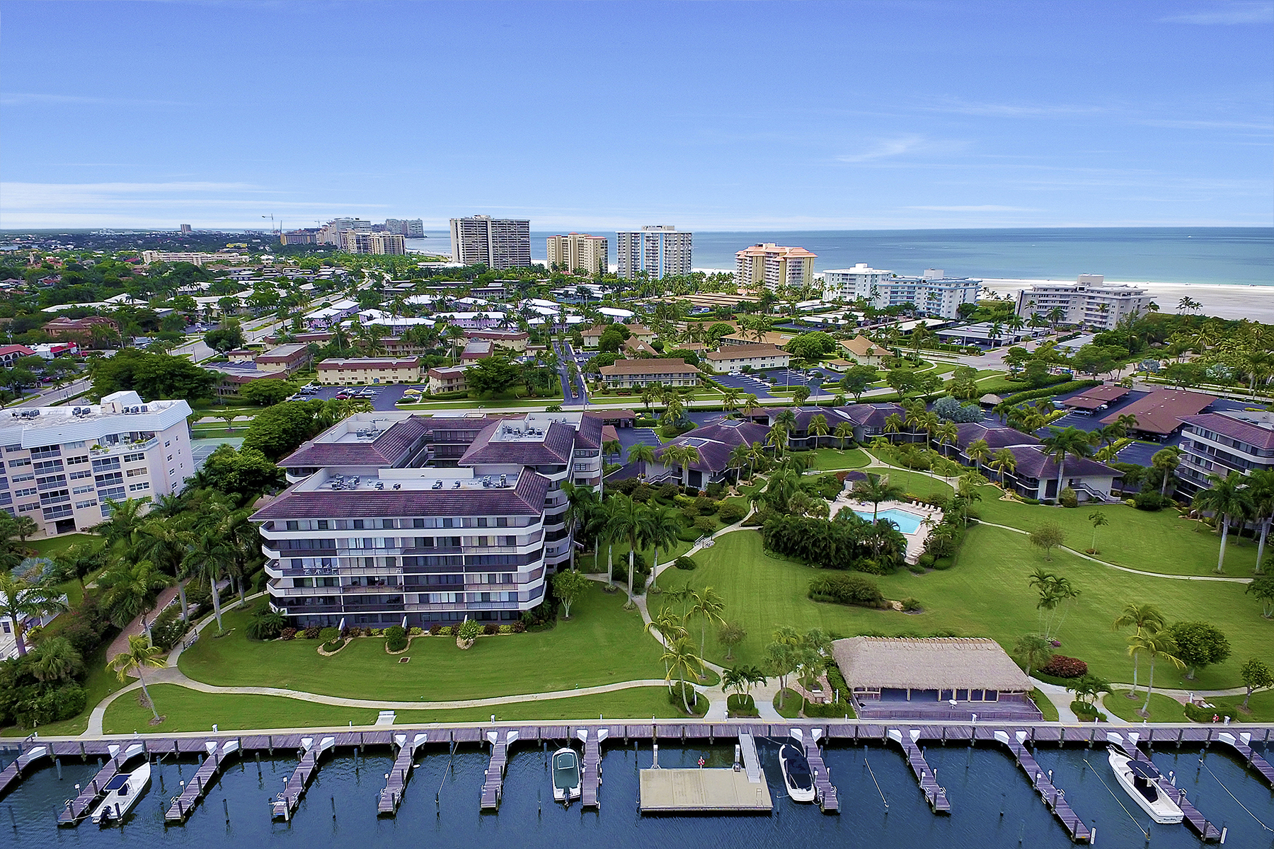 Condominio per Vendita alle ore SOUTH SEAS - SOUTH SEAS CLUB 693 Seaview Ct A108 Marco Island, Florida, 34145 Stati Uniti