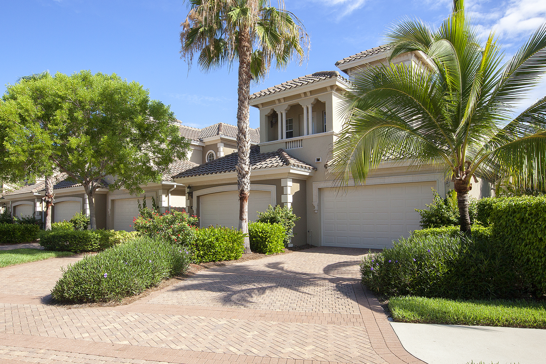 Condominium for Sale at FIDDLER'S CREEK - VARENNA 9205 Museo Cir 104 Naples, Florida 34114 United States