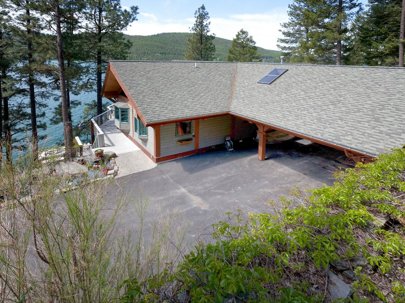Additional photo for property listing at Whitefish Lakefront Home 2818  Rest Haven Dr Whitefish, Montana 59937 United States