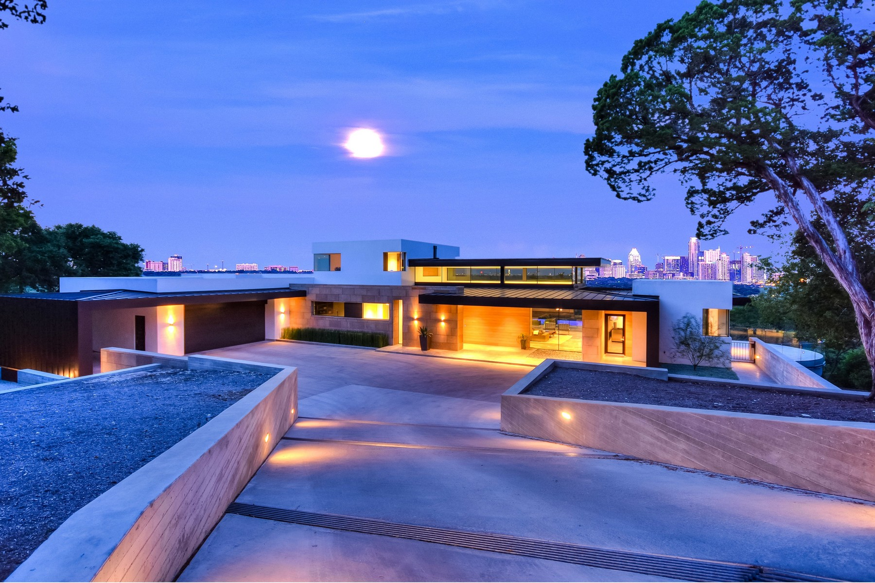 Single Family Home for Sale at Stunning Dick Clark Custom Contemporary 1405 Wildcat Hollow Austin, Texas 78746 United States