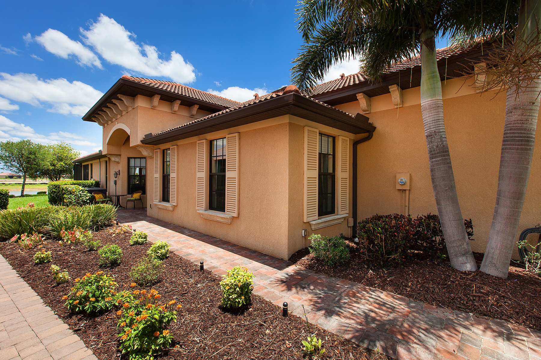 Townhouse for Sale at GRAN PARADISO 20117 Tesoro Dr Venice, Florida 34293 United States