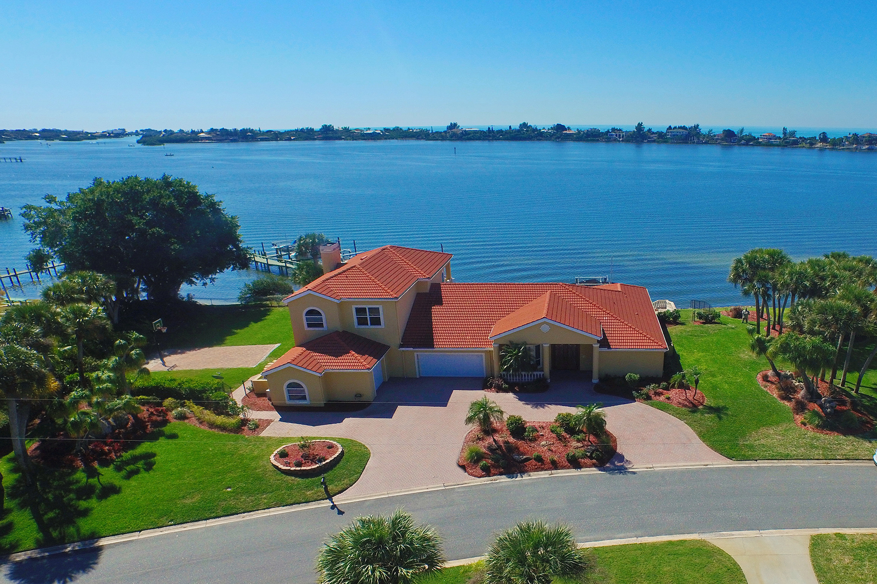 Single Family Home for Sale at SORRENTO SOUTH 443 Picasso Dr Nokomis, Florida 34275 United States