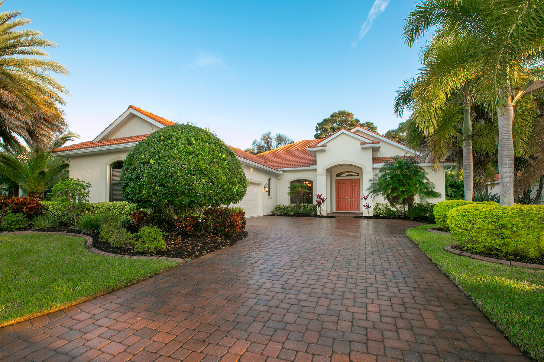 Single Family Home for Sale at PELICAN POINTE 1306 Tuscany Blvd Venice, Florida 34292 United States