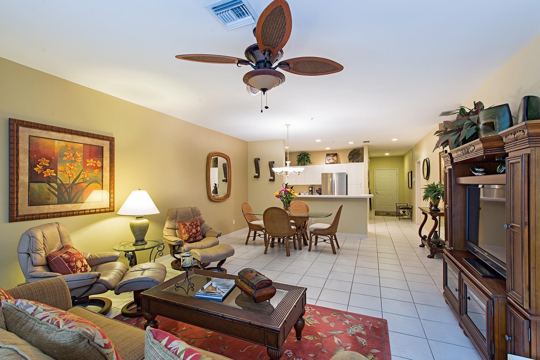 Condomínio para Venda às PELICAN LANDING - PELICAN POINTE 3461 Pointe Creek Ct 104 Bonita Springs, Florida, 34134 Estados Unidos