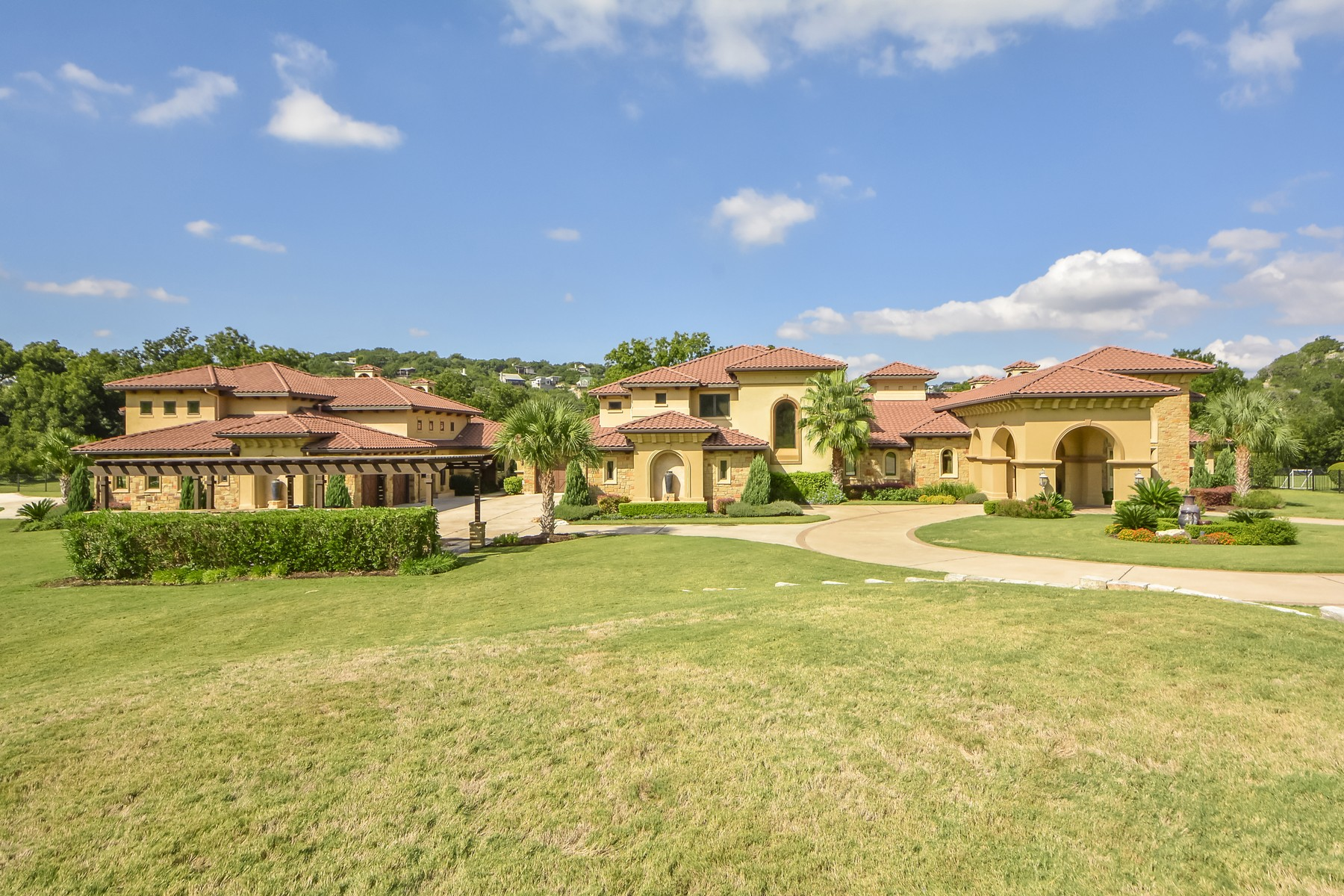Additional photo for property listing at Lake Austin Estate on 5.8 acres 14300 Flat Top Ranch Rd Austin, Texas 78732 United States
