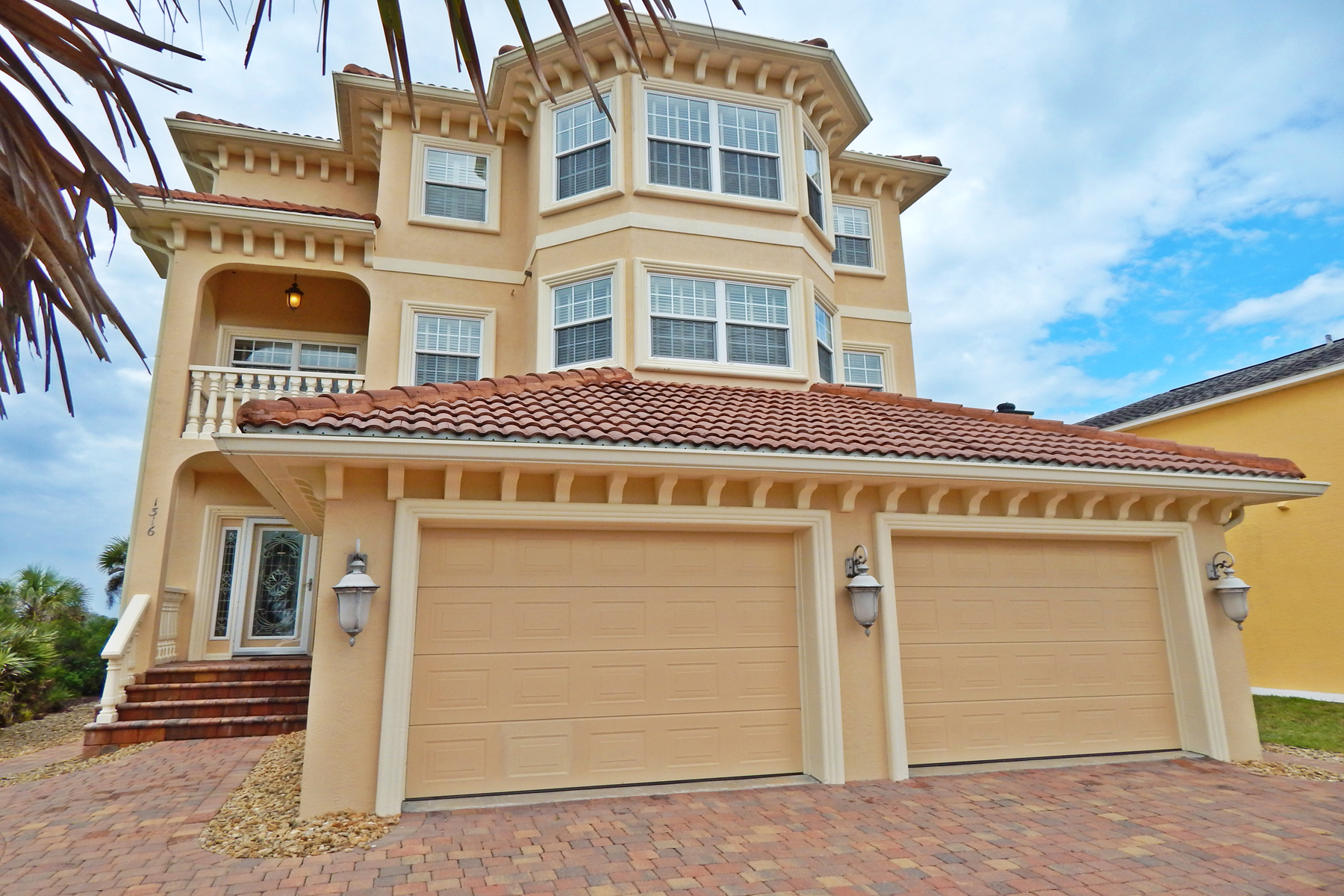 Single Family Home for Sale at Flagler Beach, Florida 1316 N Oceanshore Boulevard Blvd Flagler Beach, Florida 32136 United States