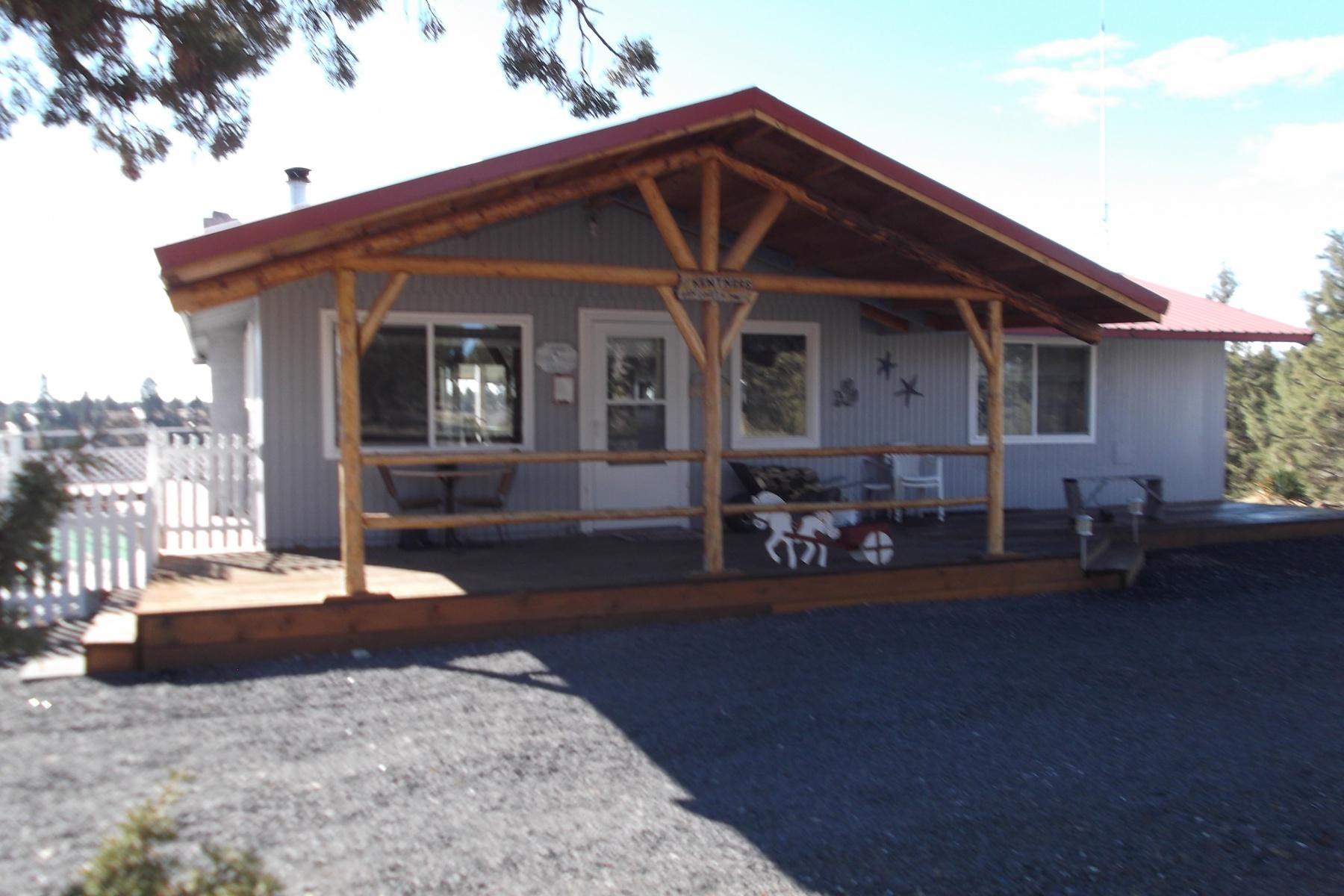 Einfamilienhaus für Verkauf beim 5+ Ac Corner Lot w Cabin, Storage & Cascade Views 12001 SW Yucca Flats Ln Culver, Oregon, 97734 Vereinigte Staaten