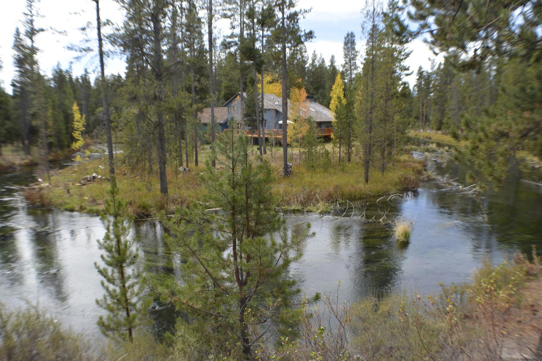 Nhà ở một gia đình vì Bán tại River Front Estate 15164 River Point Ct Bend, Oregon 97707 Hoa Kỳ