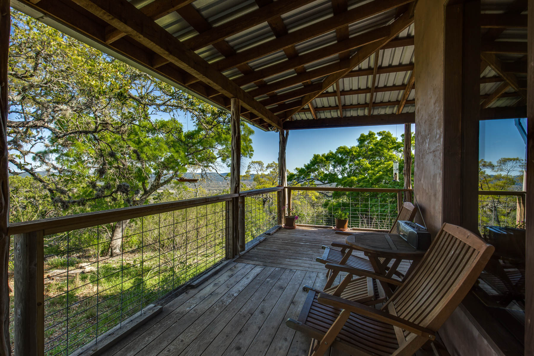Additional photo for property listing at Tranquil 2-Home Property in Utopia 602 Sunrise Hill Rd Utopia, Texas 78884 Estados Unidos