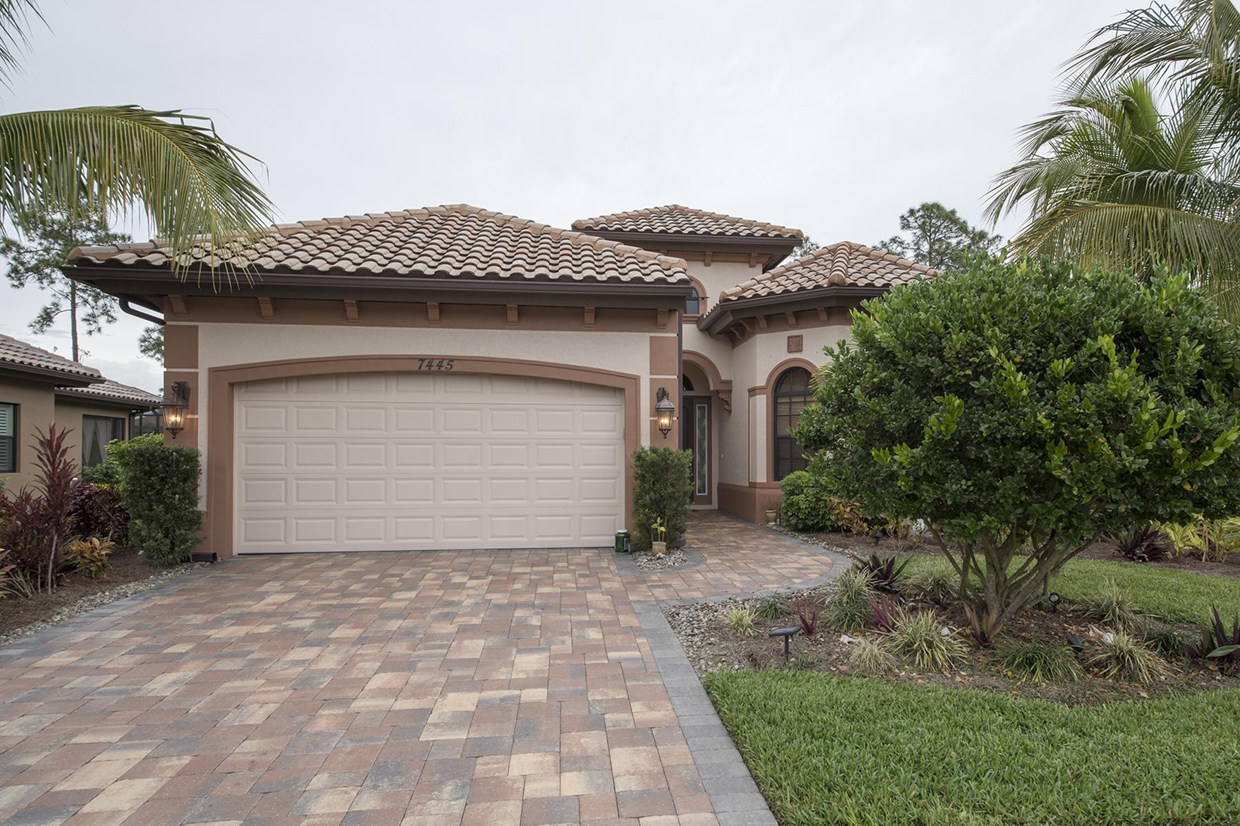 Nhà ở một gia đình vì Bán tại BLACK BEAR RIDGE 7445 Acorn Way Naples, Florida 34119 Hoa Kỳ