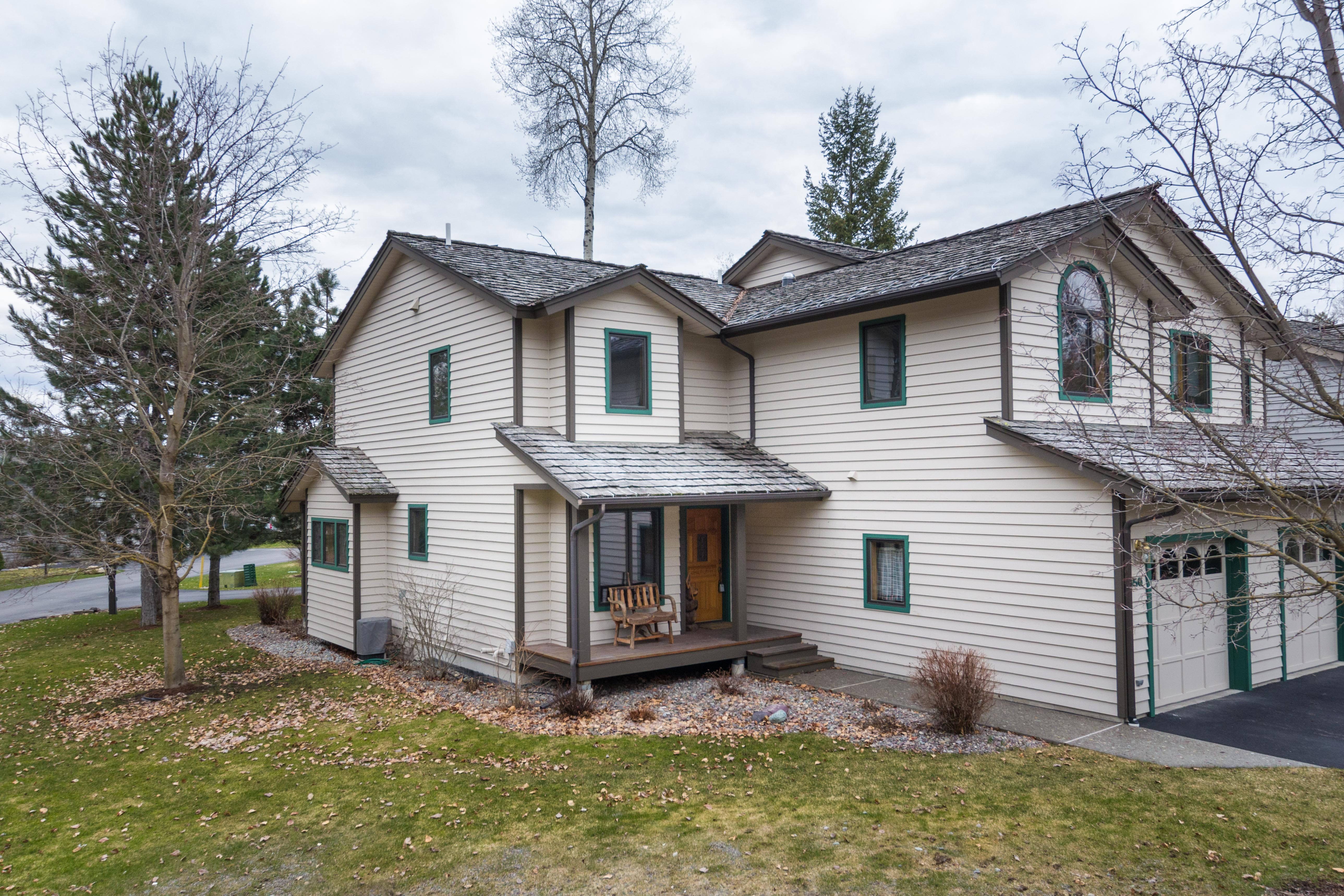 Condominio por un Venta en Whitefish Lake Condo 1750 E Lakeshore Dr Whitefish, Montana, 59937 Estados Unidos