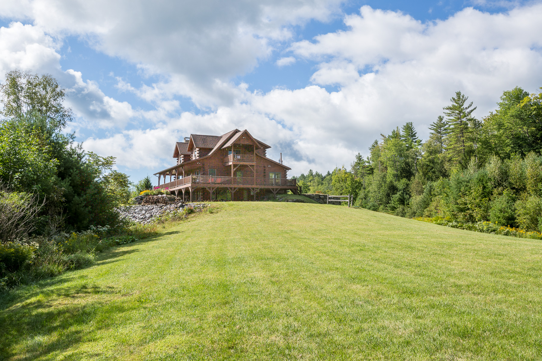 Single Family Home for Sale at 1703 Robinson Road, West Fairlee 1703 Robinson Rd West Fairlee, Vermont 05083 United States