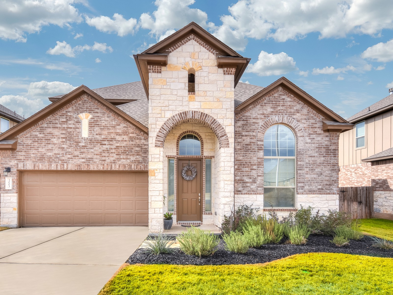 Single Family Home for Sale at Meticulous Home Backing to Greenbelt 3003 Tempe Dr Leander, Texas 78641 United States