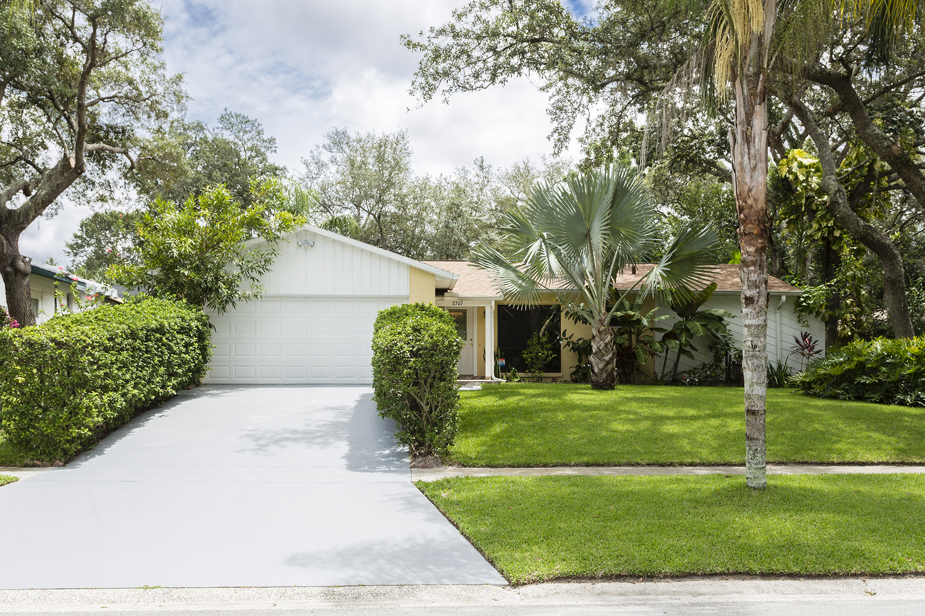 Single Family Home for Sale at ORLANDO - FLORIDA 2707 Kinnon Dr Orlando, Florida, 32817 United States